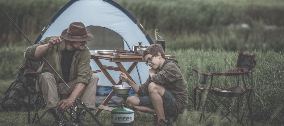 Użycie przenośnej butli z gazem LPG na campingu